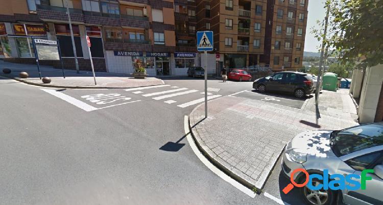 Parcela de garaje abierta en zona de la avenida san antonio
