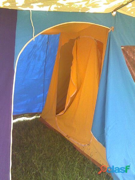 Tienda de campaña hca 4 plazas más 2 sacos de dormir. 2