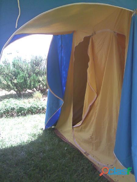 Tienda de campaña hca 4 plazas más 2 sacos de dormir. 1