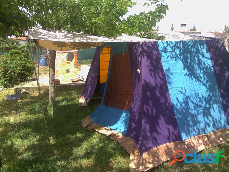 Tienda de campaña hca 4 plazas más 2 sacos de dormir. 8