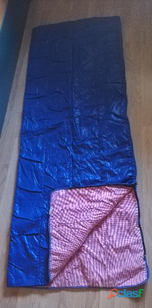 Tienda de campaña hca 4 plazas más 2 sacos de dormir. 10