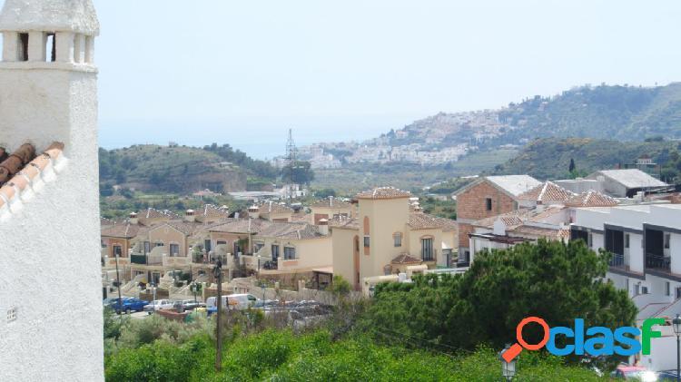 Preciosa casa adosada en la urbanización la noria.