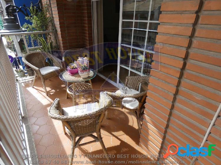 +amplio piso de 180m2 con terraza de 30m2, molina de segura zona ayuntamiento++