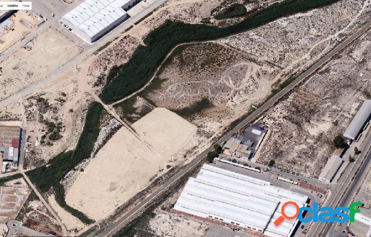 ++finca rústica de 122.280 m2 en el término municipal de lorquí++,
