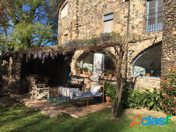 Preciosa casa alquiler con encanto para 10 personas en rupià acogedora y con excelente buen gusto