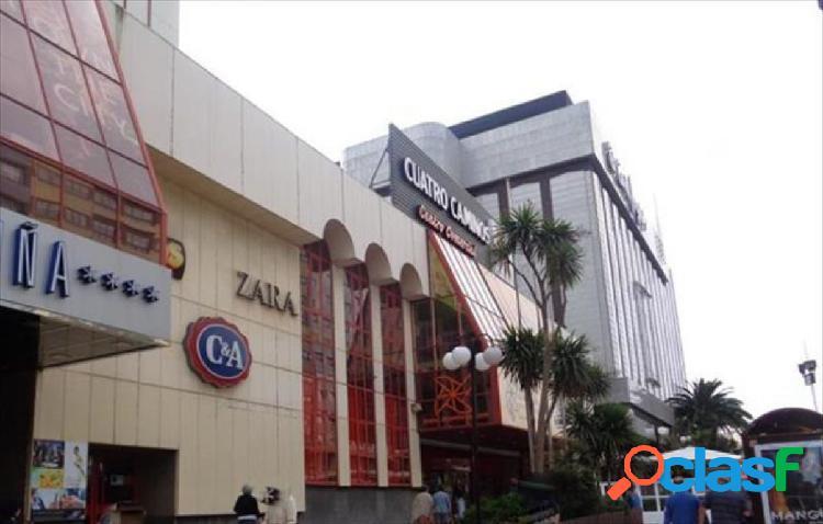 Local en centro comercial cuatro caminos