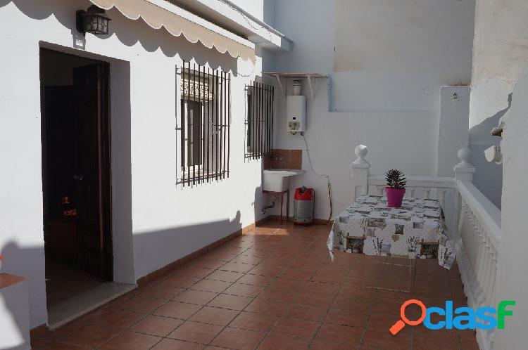 Casa dos dormitorios ciudad jardín-urbanización los cipreses