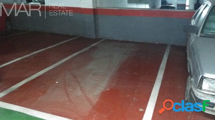 Amplia Plaza de garaje en Teatinos 1