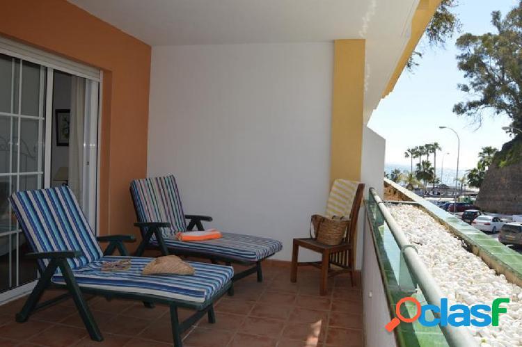 Apartamento en venta en nerja, playa de burriana, 2 dormitorios y parking