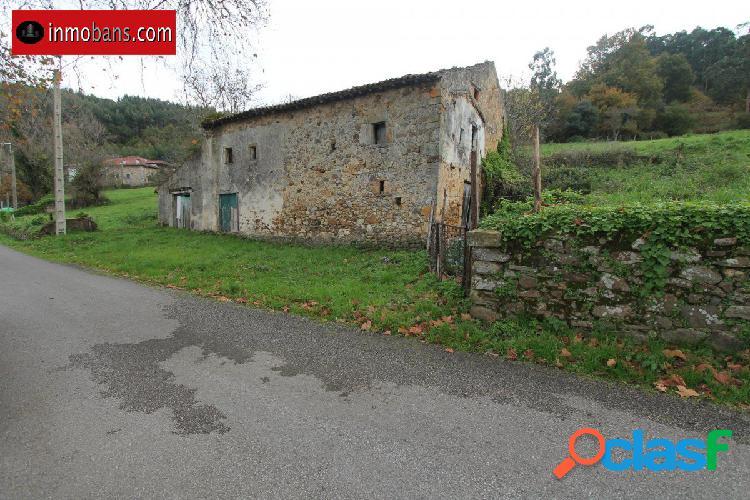 Casa de pueblo con terreno rustico agrario