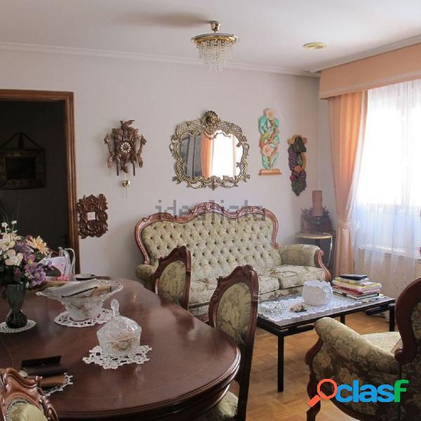 Se vende apartamento interior luminoso en el centro de león