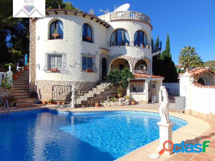 Villa mediterranea en la zona costera de benissa