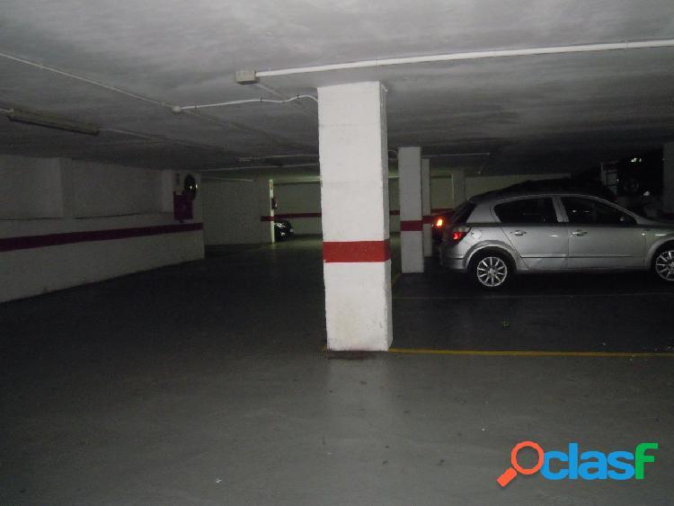 Se vende parking céntrico. calle san rafael. gandía.