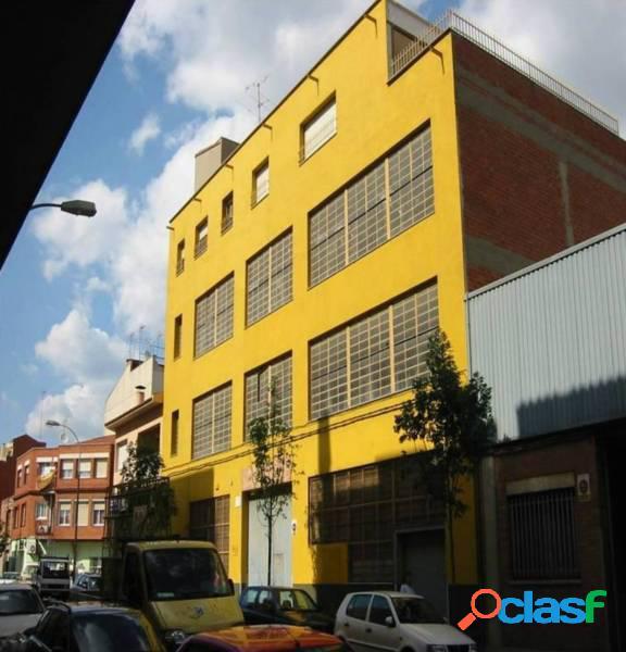Edificio industrial de 2ª mano en alquiler