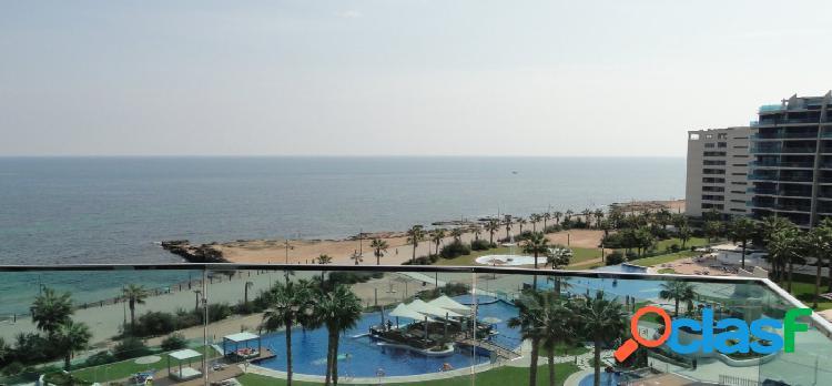 Apartamento de lujo con vistas al mar en primera línea en el complejo sea senses, punta prima