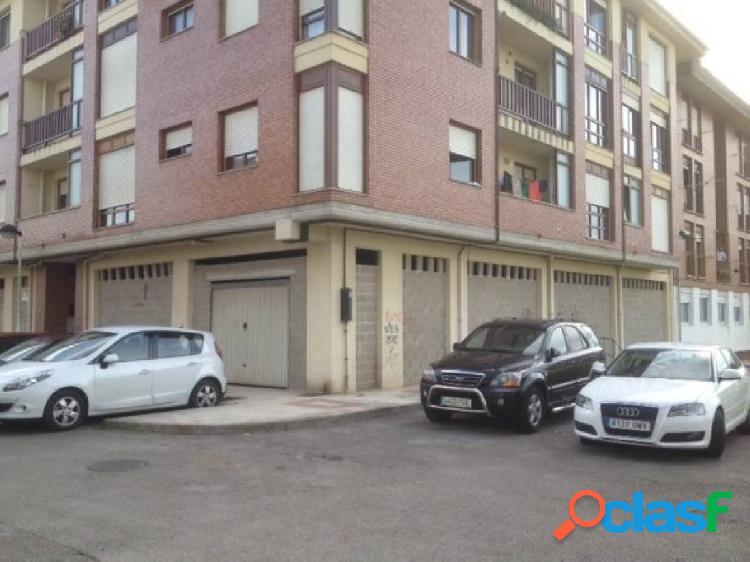 Saron. local de 150 m2