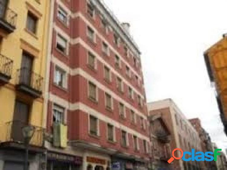 Piso de 2 habitaciones en la calle Cortes 1