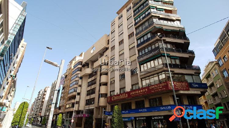 Ocasión centro, sobre avda maisonnave, vivienda de 110m, 3 dormitorios, 2 baños completos