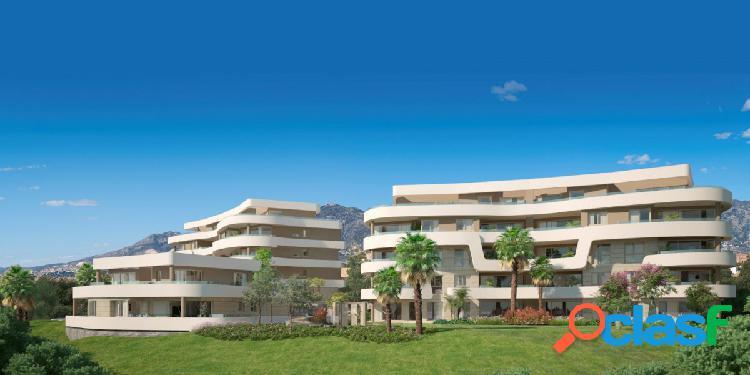 Fantastica promoción de apartamentos de 3 dormitorios y áticos en Mijas Costa, cerca de Fuengirola