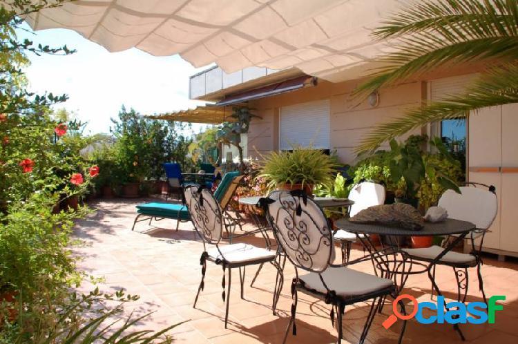 Ático con terraza, trastero y garaje