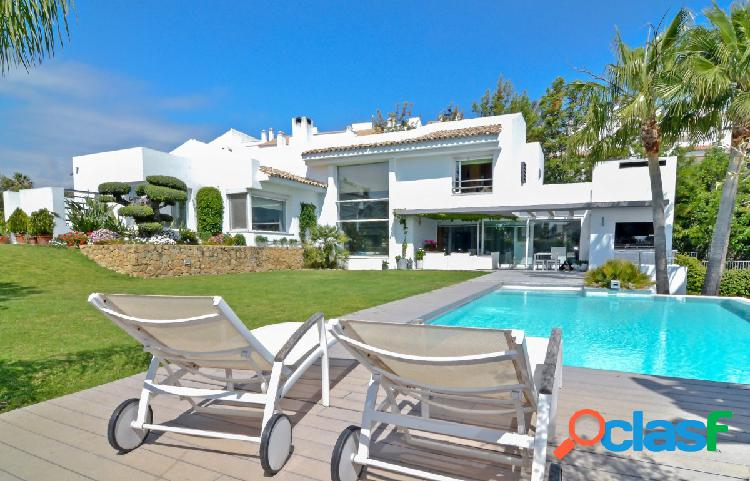 Villa exclusiva en nueva andalucía
