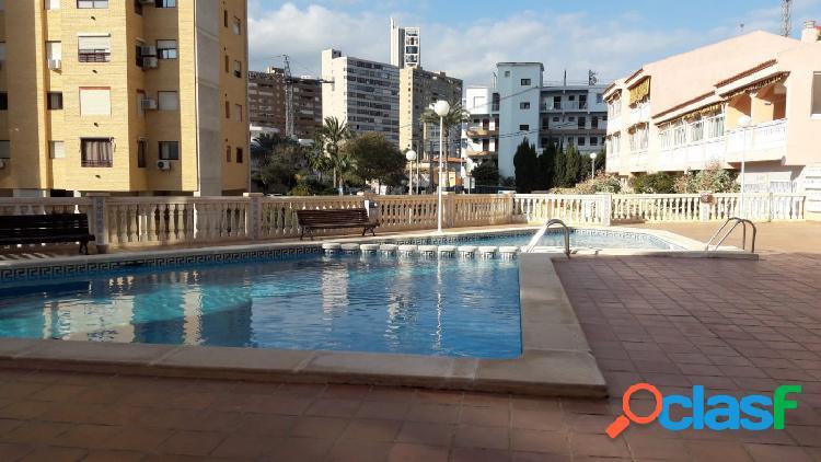 Precioso apartamento benidorm con garaje,piscina,vistas al mar