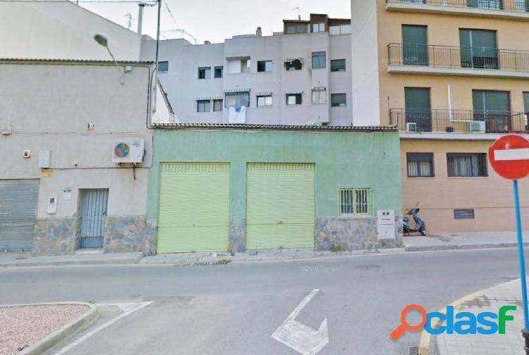 Local comercial en villafranqueza de 140m2 se puede construir bajo + 3 alturas