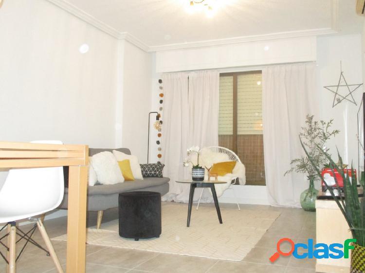 Excelente piso totalmente reformado, 3 habitaciones,2 baños junto corte ingles