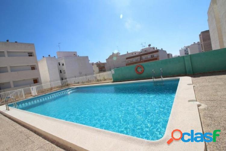 Apartamento de 1 dormitorios con piscina comunitaria