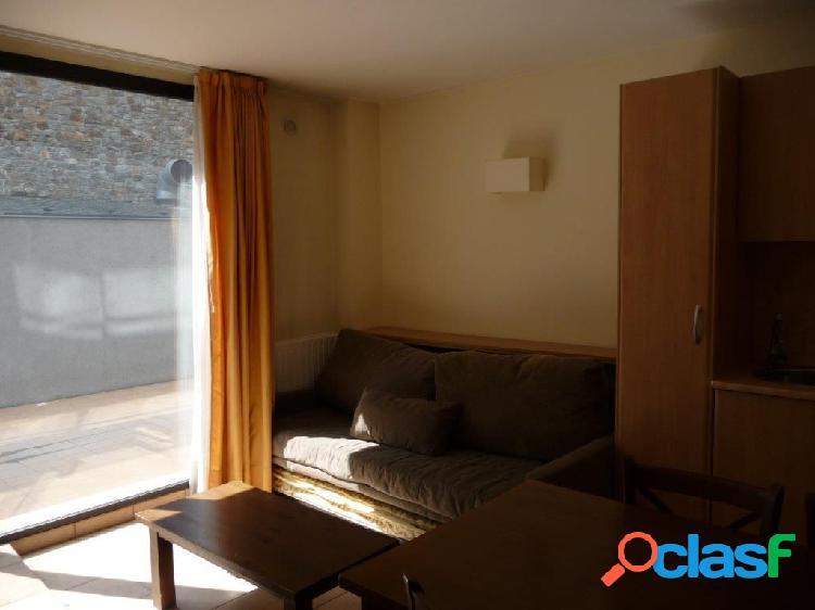 En venta piso en Canillo, a pie de pistas del sector Gran Valira, Andorra. 1
