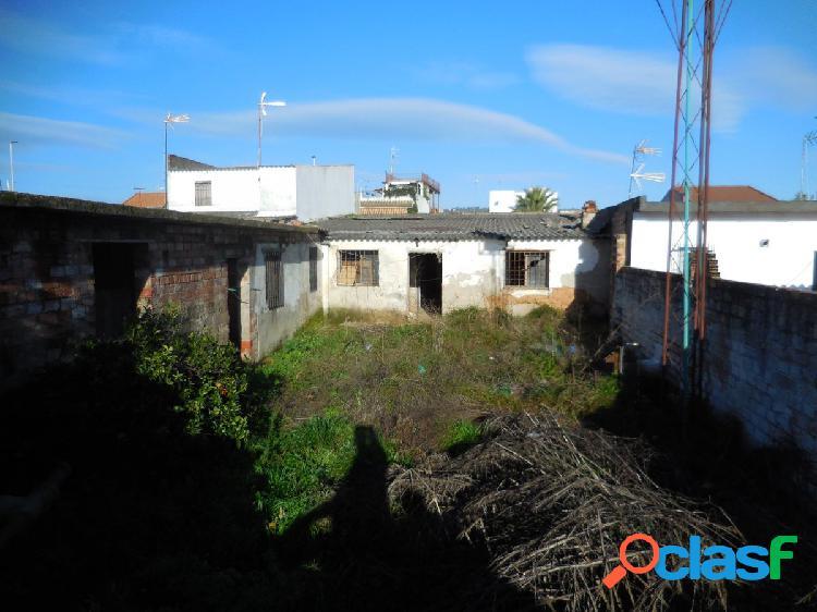Casa con terreno en veredon de los frailes