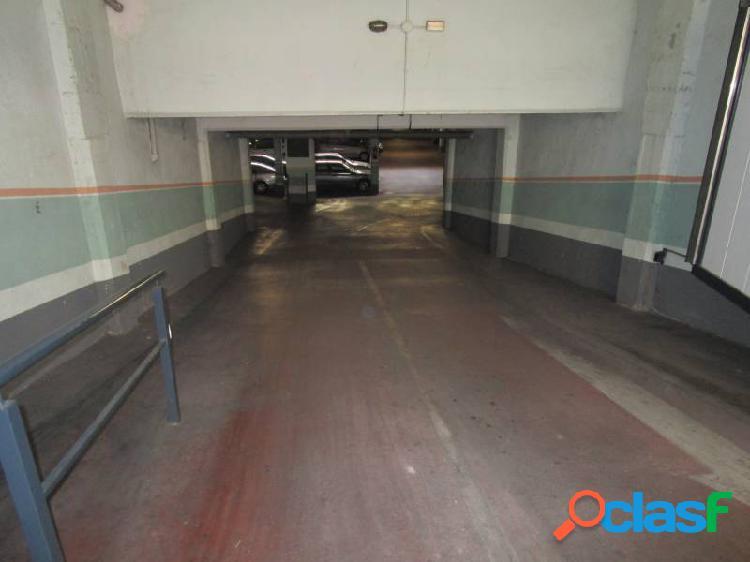 Urbis te ofrece varias plazas de garaje en venta en zona delicias, salamanca.