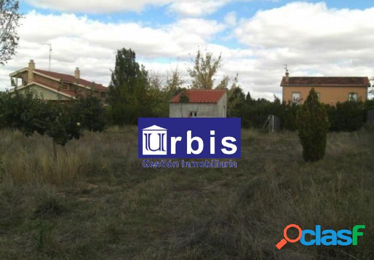 Urbis te ofrece parcela en los almendros, villamayor, salamanca.