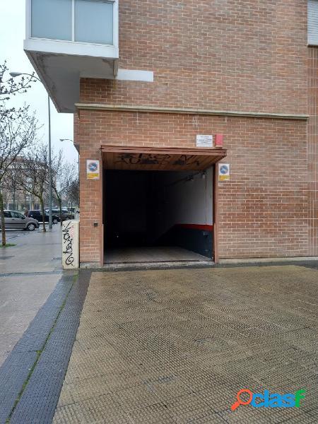 Estupenda plaza de garaje en esquina