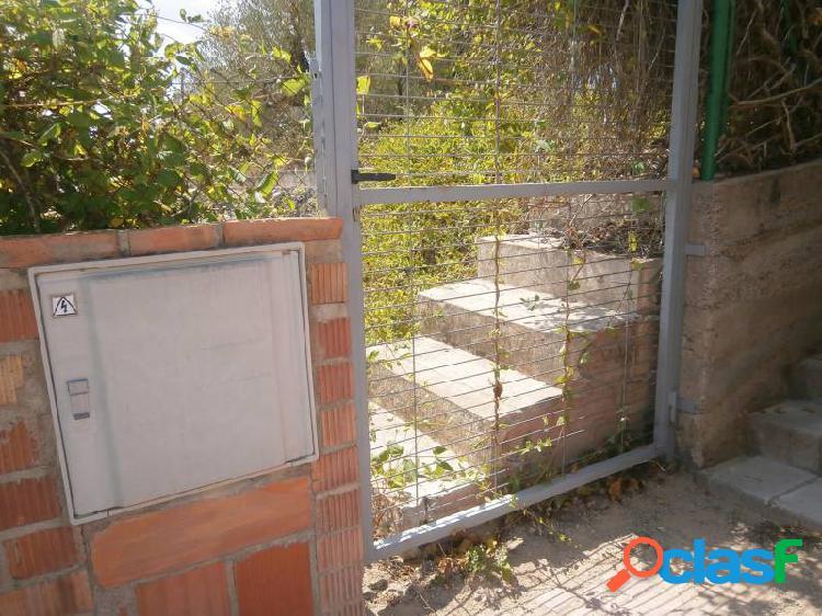 Terreno llano con bonitas vistas a 40' de barcelona y 15' de igualada