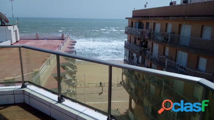 Apartamentos de dos y tres dormitorios de obra nueva desde 125.000€