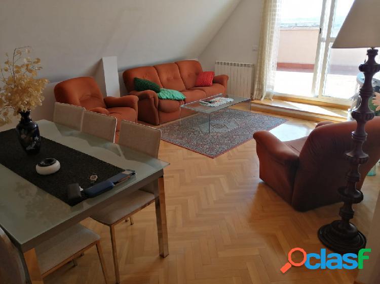 Piso atico duplex zona de los bloques, 4 dormitorios, garaje doble, terraza