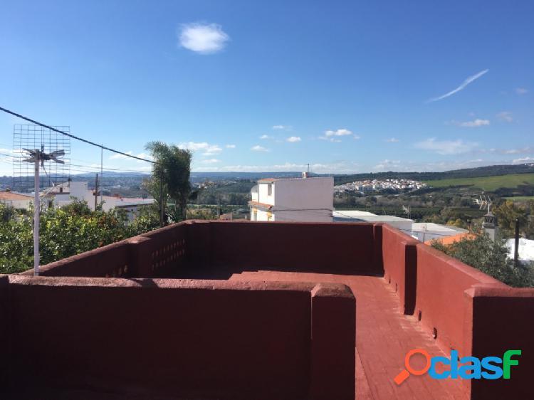 Casa para reformar de dos habitaciones en san enrique de guadiaro