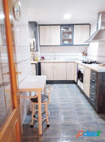 Oportunidad venta piso frente hospital de manises