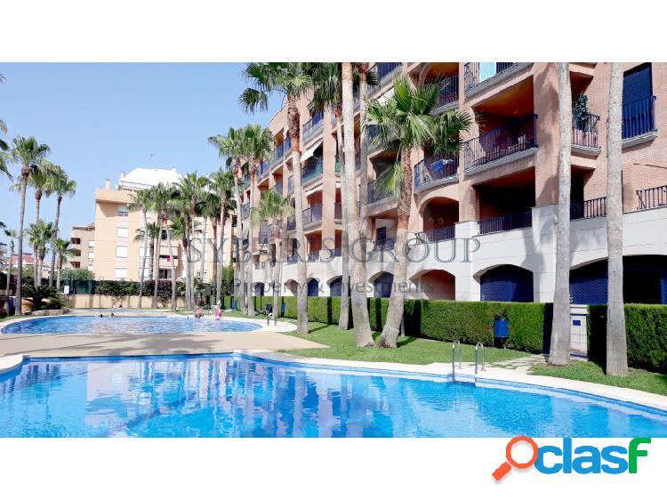 Apartamento 2 dormitorios con piscina en excelente urbanizacion en denia centro