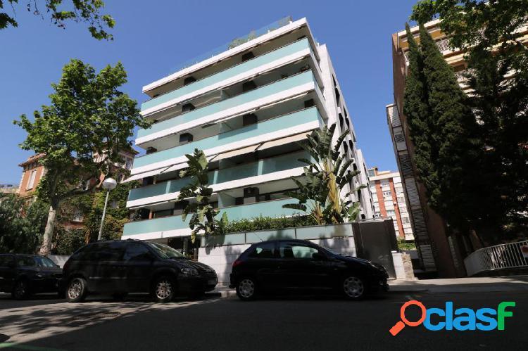 Lujoso piso en zona alta de barcelona