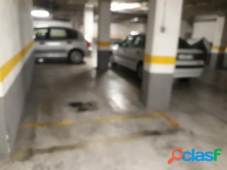 Se vende plaza de garaje en zona plaza de madrid