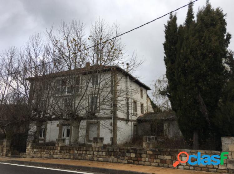 Venta de casa unifamiliar en las rozas de valdearroyo cantabria 9 habitaciones 169.500€