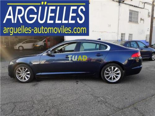 Jaguar Xf 2.2d Luxury 200cv '14