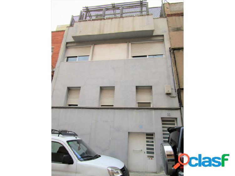 Casa adosada accesible y adaptada en el barrio de horta guinardó. barcelona. accesible