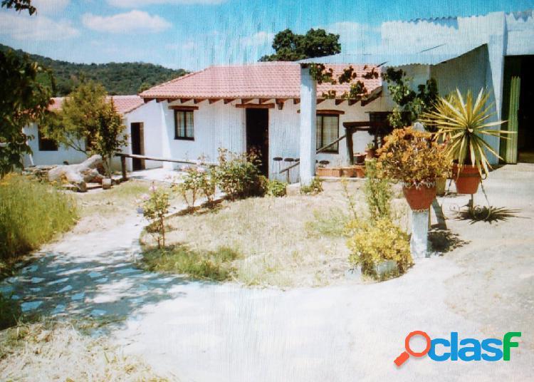 Casa de 300 m2 en el quejigo (jabugo) huelva