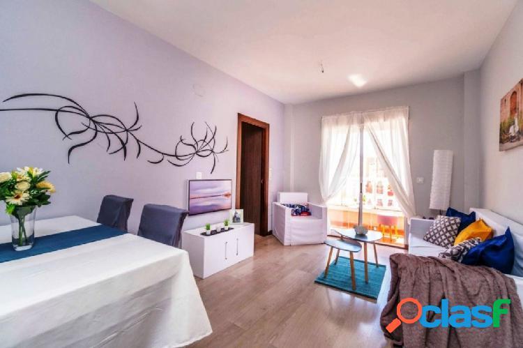 Reformado apartamento en el centro de Torrevieja.