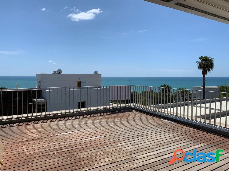 Duplex con magnificas vistas en casas del mar