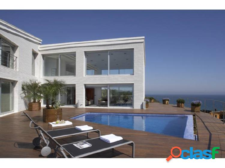 Primera linea de mar casa de lujo /first sea line luxury house