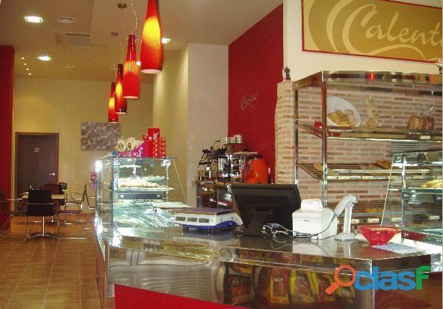 Se traspasa cafetería panadería en San Vicente del Raspeig, Alicante. 1